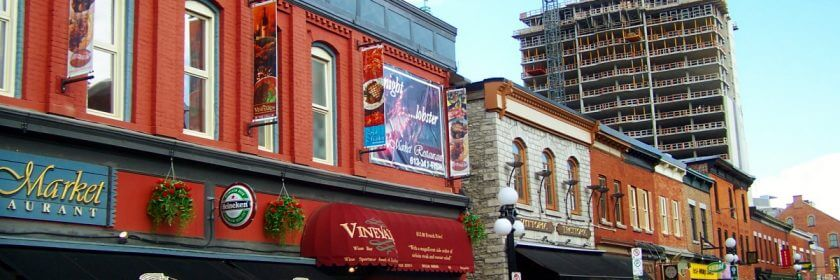 Ottawa signs in the Byward Market